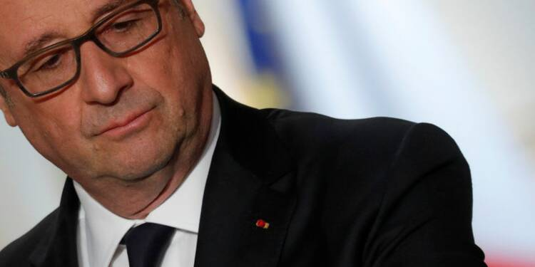 Hollande veut utiliser politiquement les frappes US en Syrie