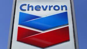 Chevron étudie la vente d'actifs dans les schistes canadiens