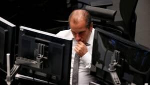 Les Bourses européennes ouvrent dans des variations modestes