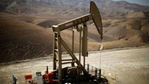Le pétrole de schiste complique le jeu des prévisions