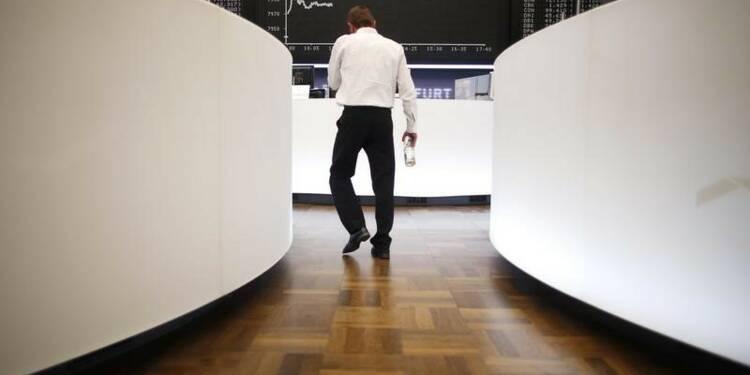 L'Europe clôture en repli, le bond du sterling plombe le FTSE
