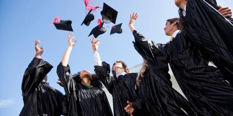 Insertion des jeunes diplômés : les formations qui attirent les recruteurs, les métiers qui marchent