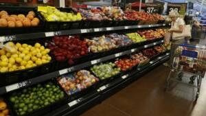 La confiance du consommateur aux USA baisse plus que prévu