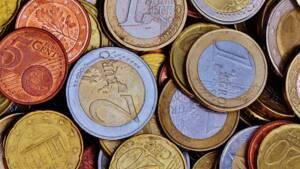 Emmanuel Macron fait bondir l'euro, la hausse va-t-elle se poursuivre ?