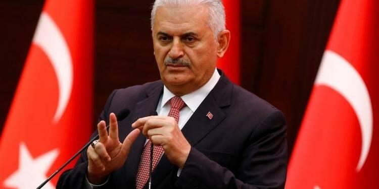 """Le Premier ministre turc balaye les """"lignes rouges"""" européennes"""